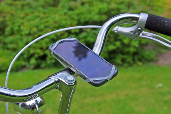 fahrradhalterung_finn_am_lenker